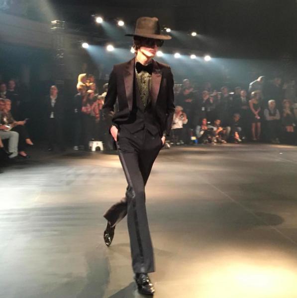 Présentation collection homme Saint Laurent à Los Angeles / @ffw via Instagram