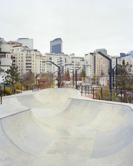Skatepark de Courbevoie, commande photo de la villa Noailles. Photo : Stéphane Ruchaud, 2016