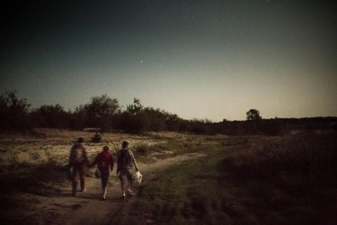 Zhenya, Yulia and Fedya on their way back to slavutych. Crédit : Niels Ackermann