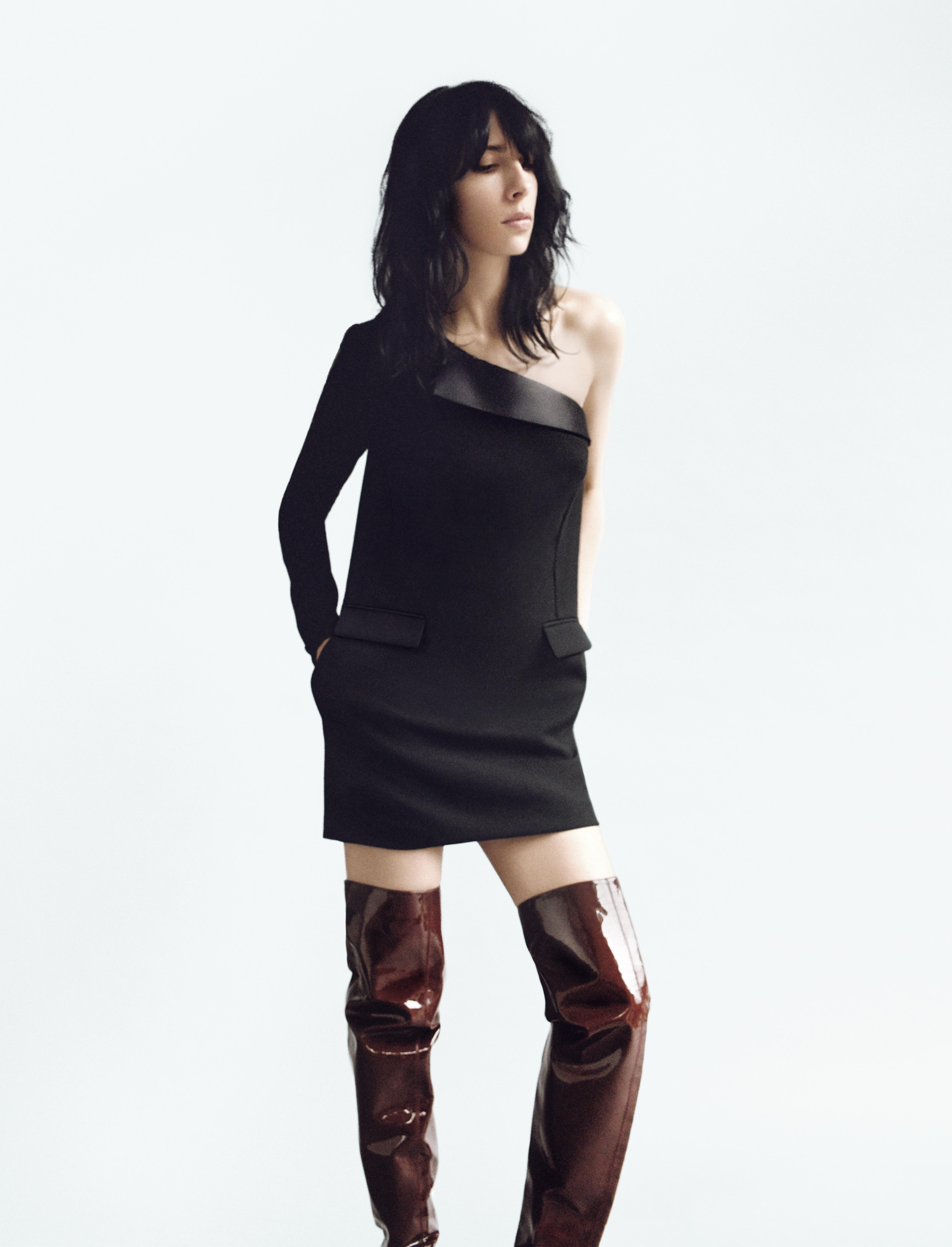 WandaNylon X La Redoute_Jamie-Bochert_suit-dress_©SofiaMalamute